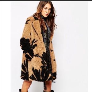 Anthropologie Essential Antwerp faux fur coat